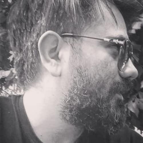 حاشیه های علی سورنا