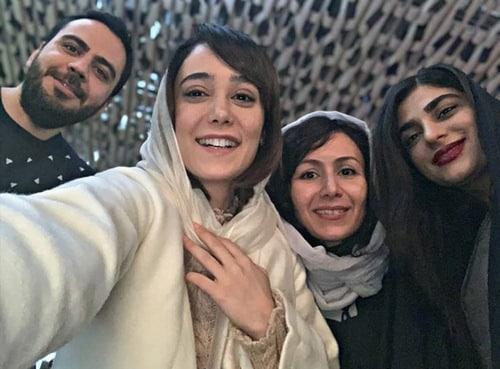 ساقی حاجی پور و خواهرش
